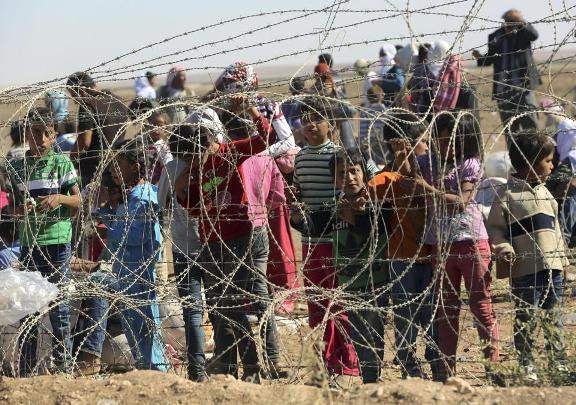 Turkey refugees 1f9850a8519f6325600f6a7067004026 - Copy